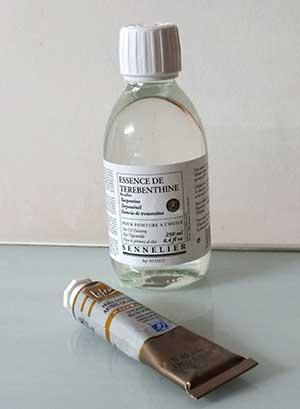 essence de térébenthine et peinture à l'huile